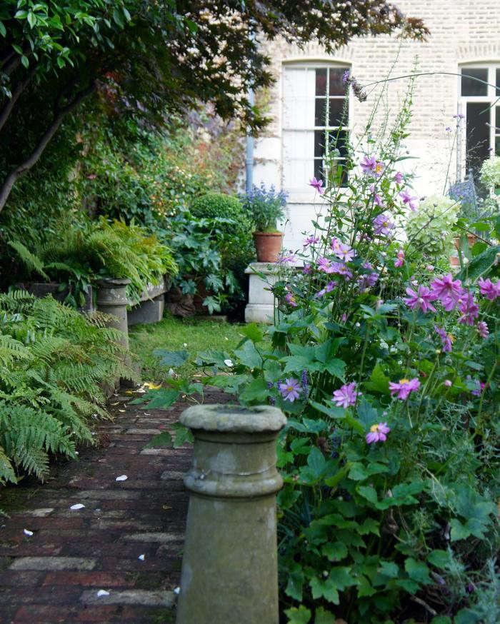 700_remodelista-will-fisher-garden-05