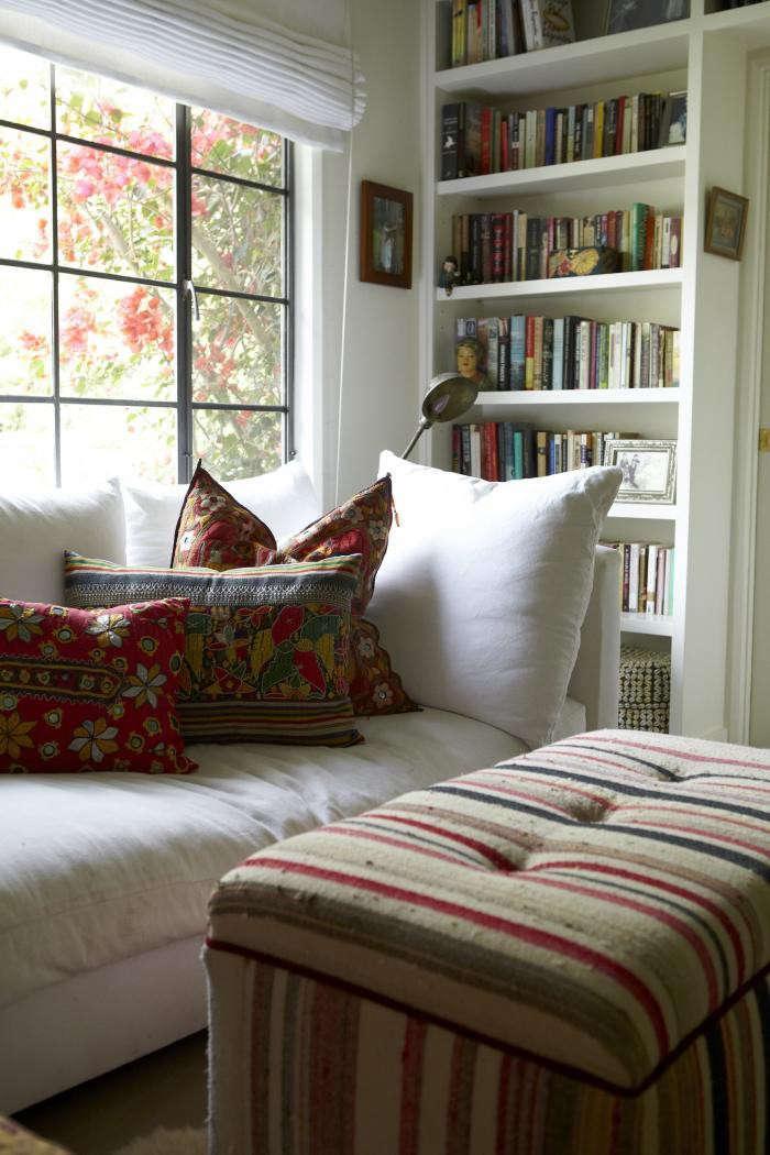 700_shiva-rose-living-room-pillows