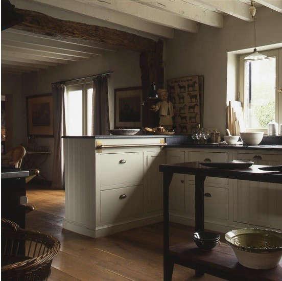 baden-baden-kitchen-brass-rail