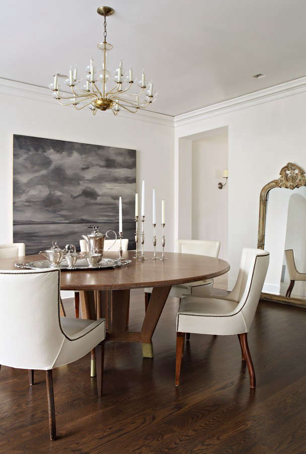 hefner-round-dining-table