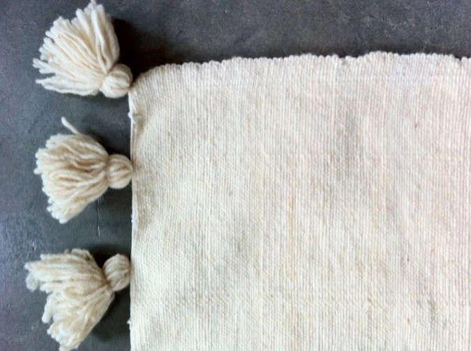 morocco-pompom-blanket-tonnes