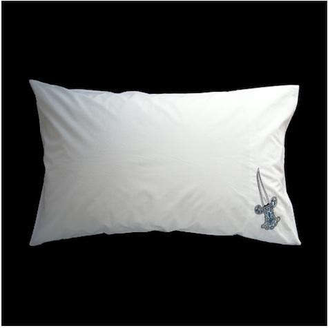 dagger-pillowcase-2