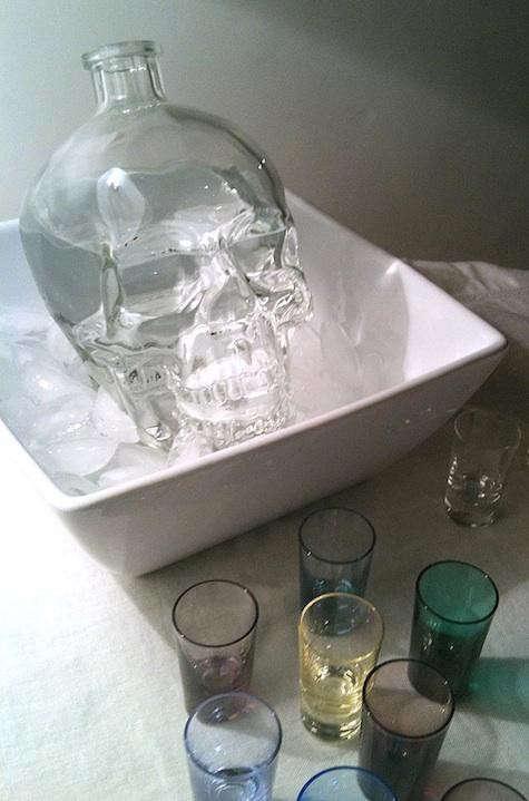 skull-bottle-clear