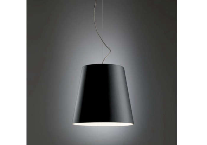 700_amax-pendant-light-black