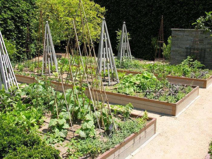700_art-luna-kitchen-garden-trellis