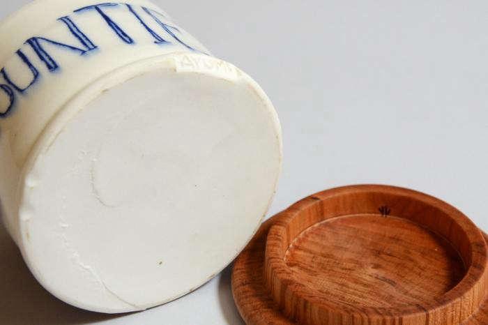 700_ayumi-josh-underside-ceramics