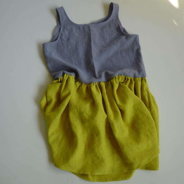700_bouton-studio-grey-and-yellow