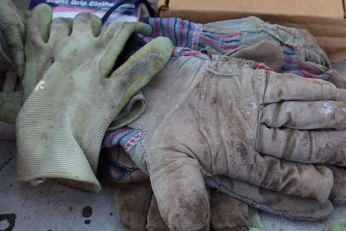700_gloves