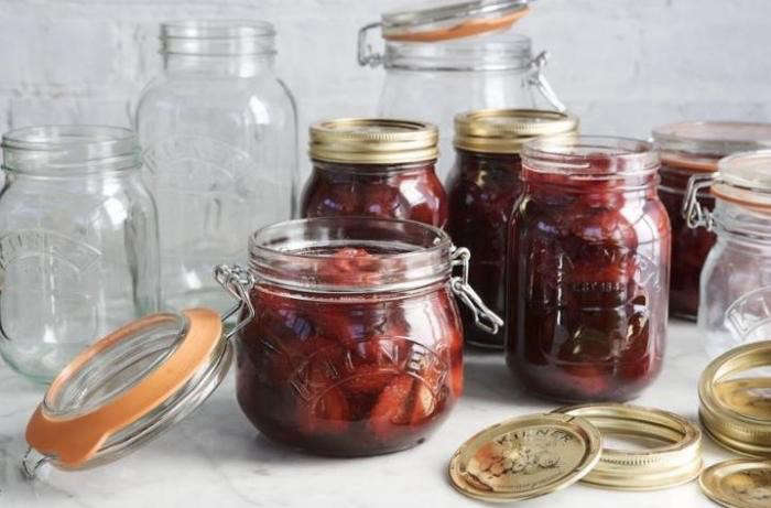 700_kilner-preserve-jars