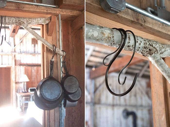 700_mindys-barn-s-hooks