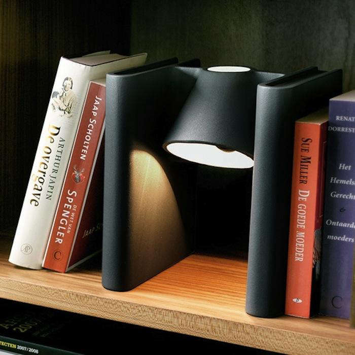 5 Quick Fi Bookcase Lighting
