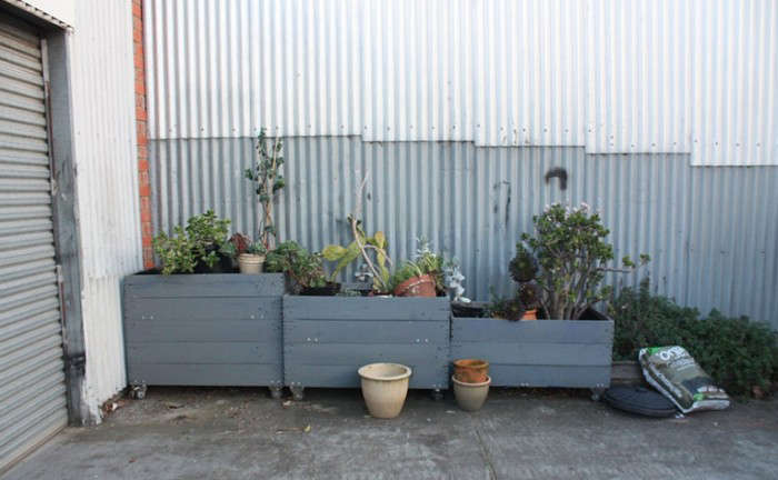 700_peaches-and-keen-planters