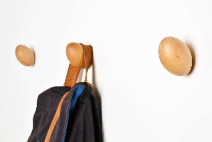 700_remodelista-daniel-schofield-coat-eggs-03-jpeg