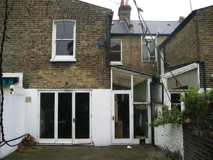 700_remodelista-hackett-holland-notting-hill-before-05