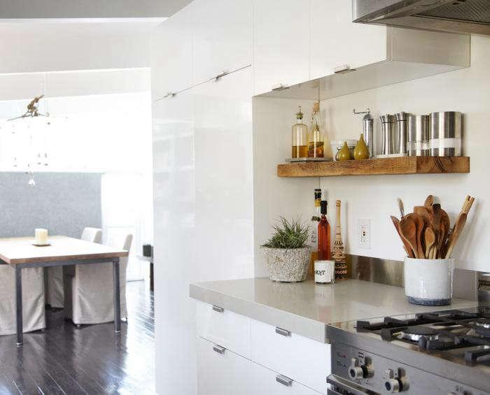 700_remodelista-lisa-collins-marin-kitchen-eichler-04