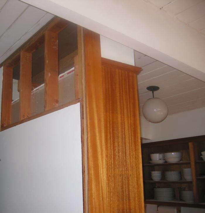 700_remodelista-lisa-collins-marin-kitchen-eichler-11