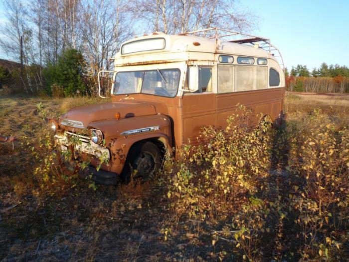 700_remodelista-winkelman-architecture-short-bus-14