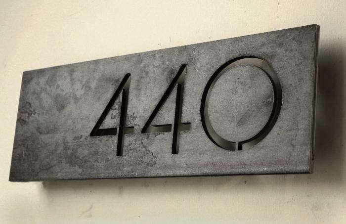 700_steel-house-mfg-address-offse1