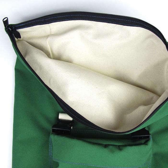 700_tim-adams-green-bag-zipper