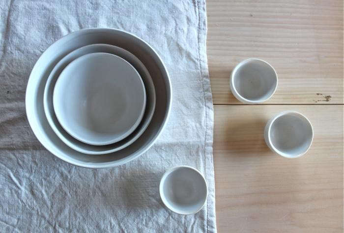 700_white-forest-pottery-nesting-bowls