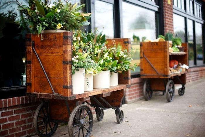 700_woodlands-flower-cart