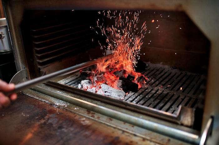 700_woodsman-tavern-fire
