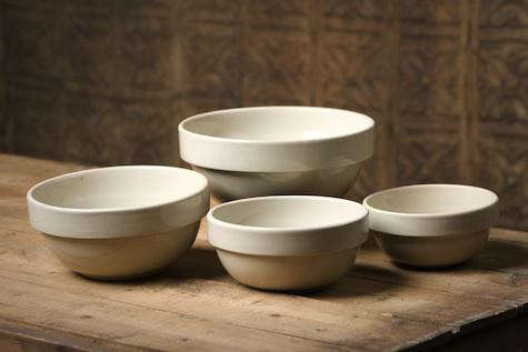 american-stoneware-bowls-white