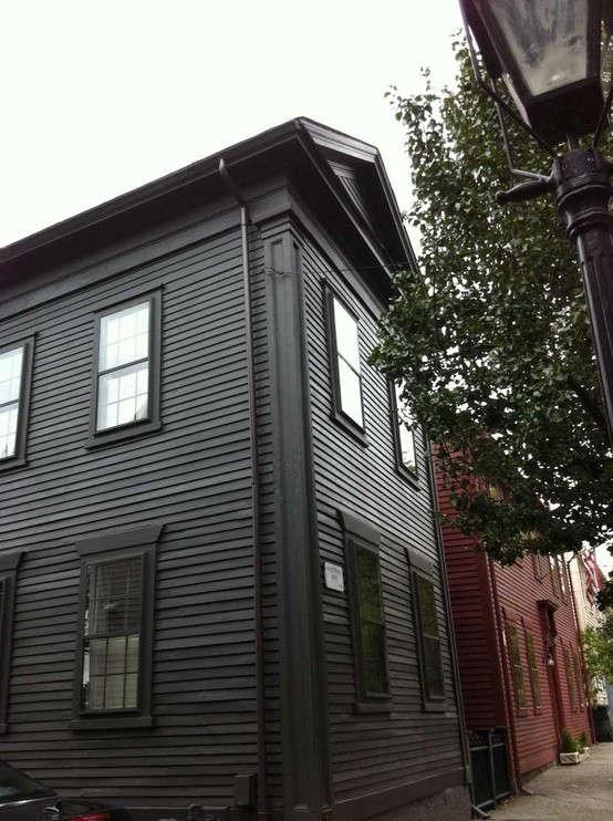 black-house-in-providence