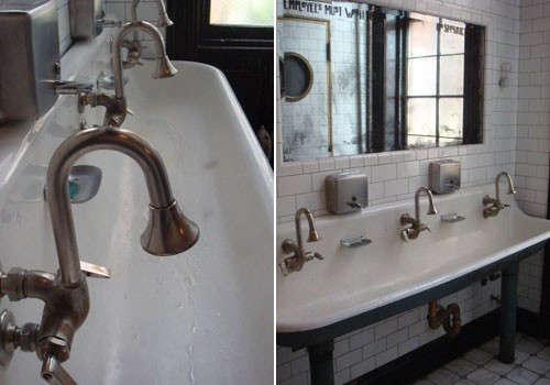 delmano-bathroom-1