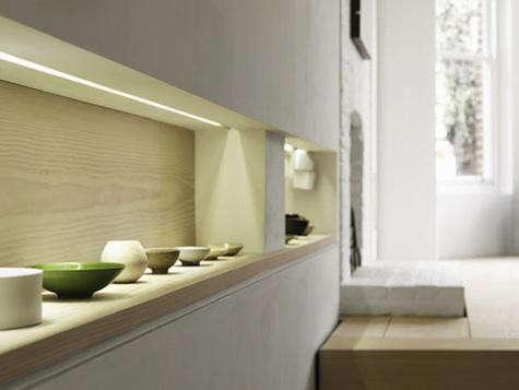 dinesen-shelf