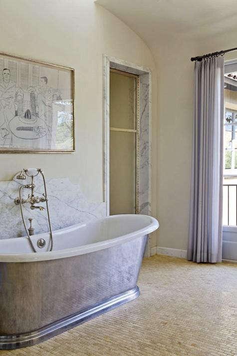 hefner-hancock-marble-bath-10