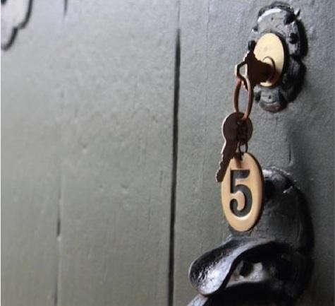 lawson-fenning-keychain-3