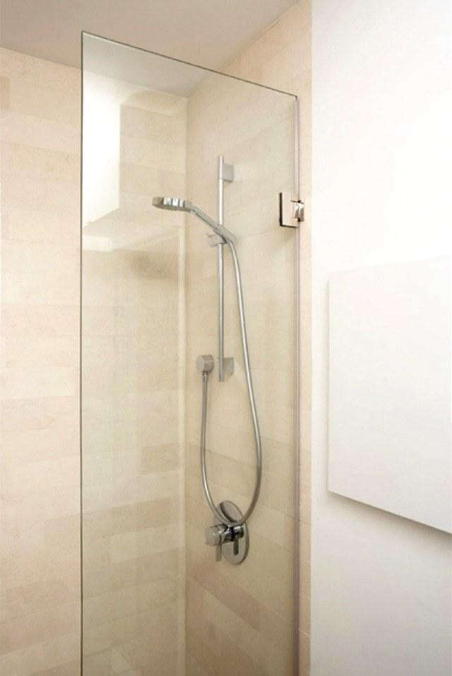 scaled-naturalist-2—shower