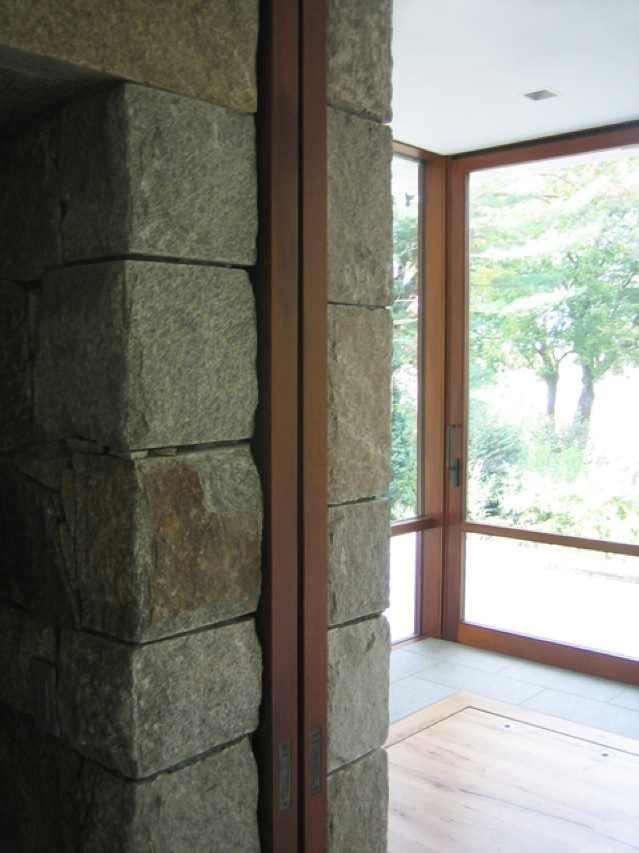 scaled-pocket-doors