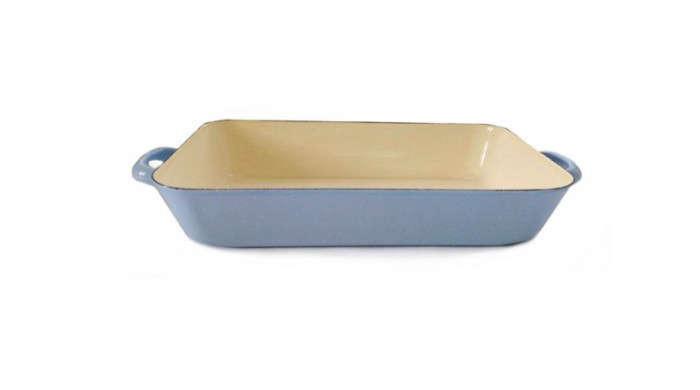 700_blue-roaster-lasagna-tray