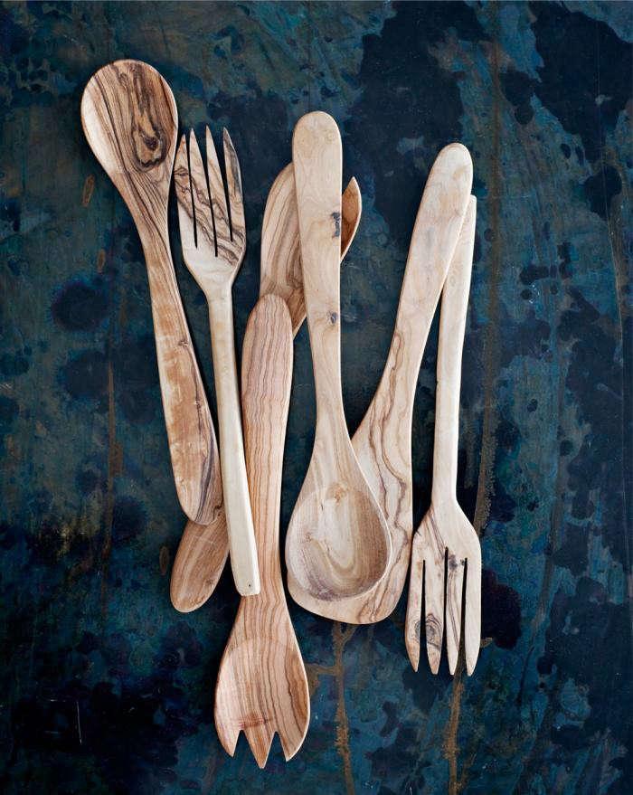 700_canvas-wood-spoons-jpg
