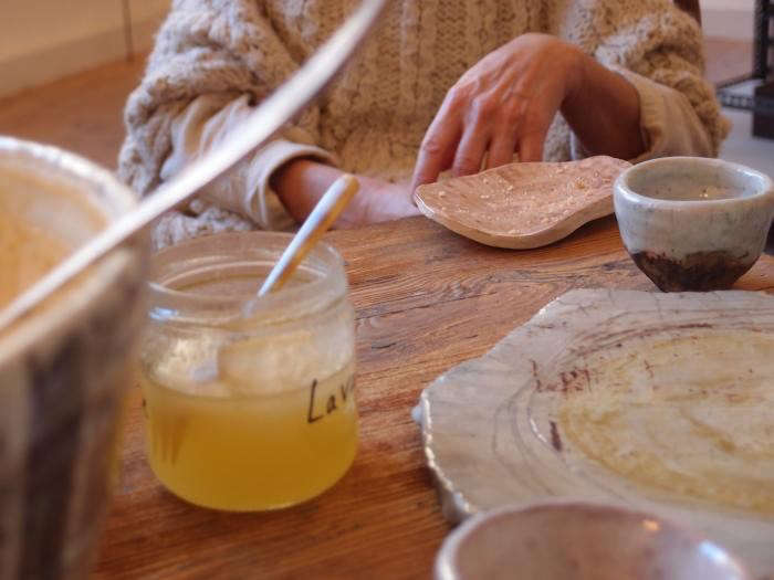 700_cecile-daldier-honey-jars