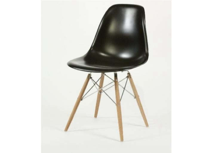 700_eames-style-eazy-chair