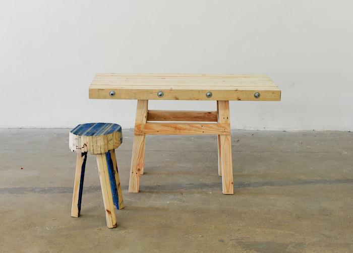 700_east-london-stool-table