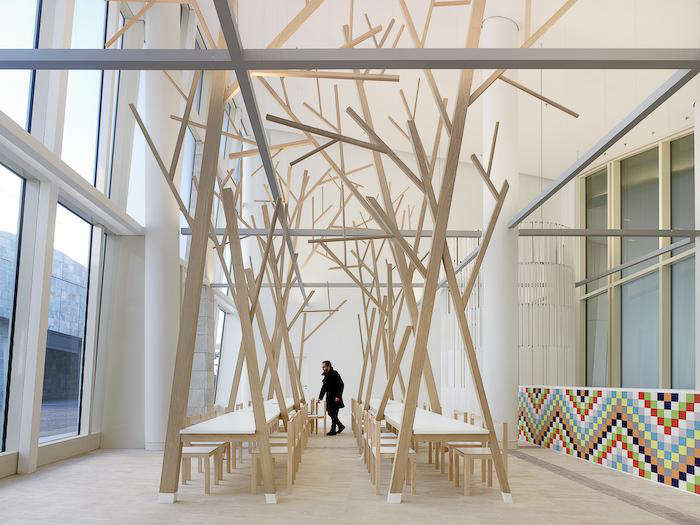 700 estudio nomada tree dining table 02 jpeg