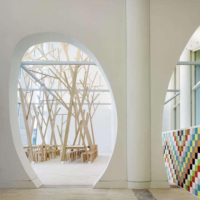 700_estudio-nomada-tree-dining-table-03-jpeg