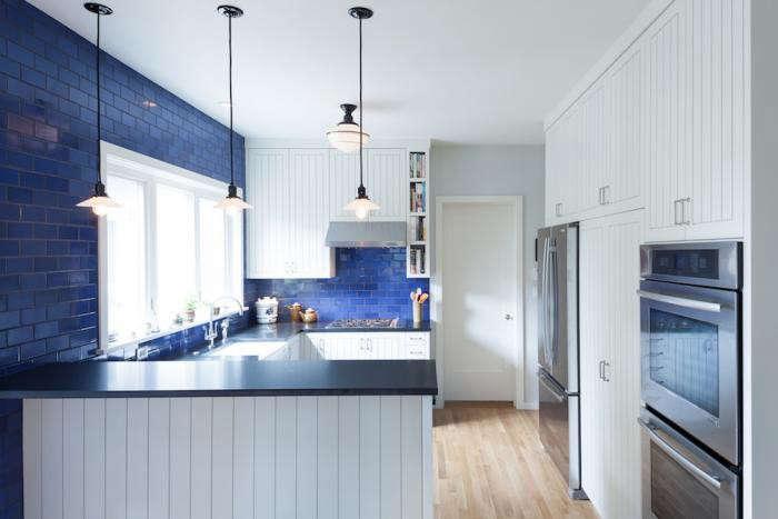 700_howells-architecture-blue-english-kitchen-modern