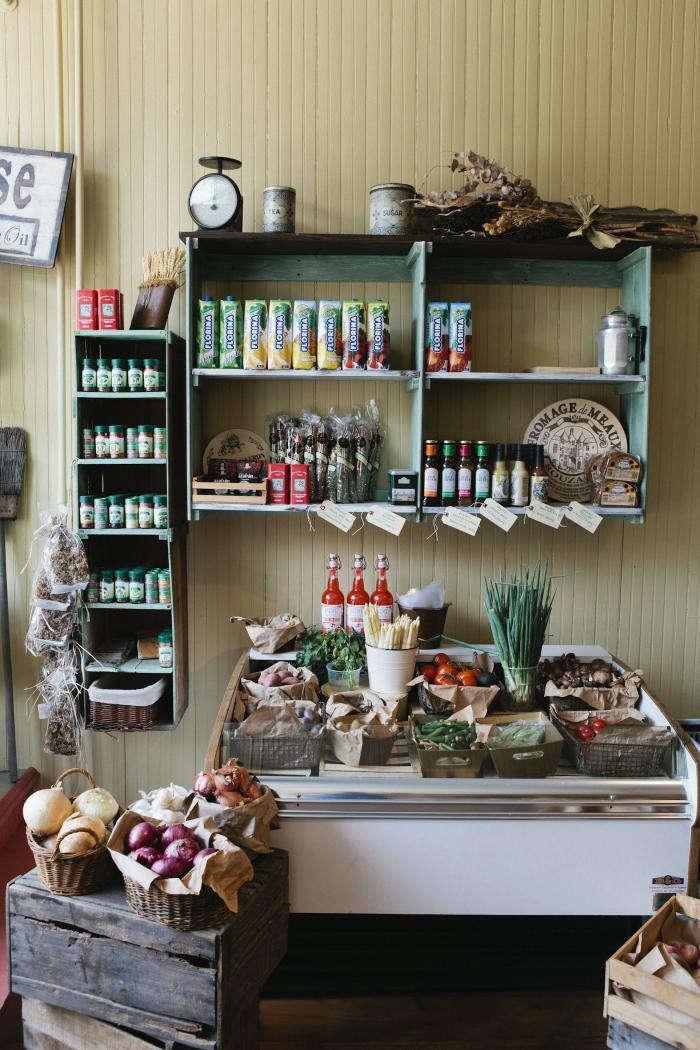 700_nicole-franzen-shop-interior