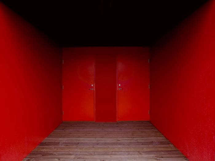 700_osthang-house-red-exterior