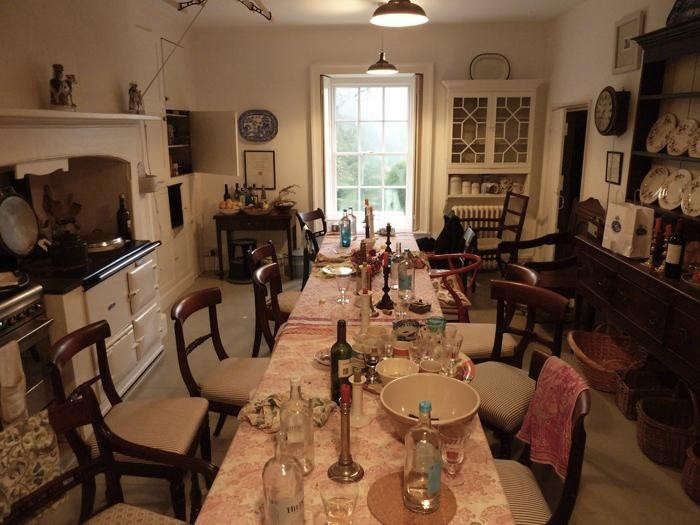 700_pentreath-dining-table