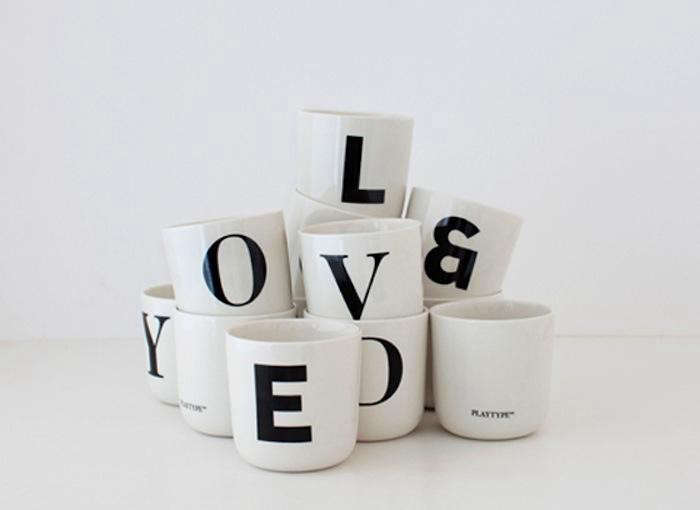 700_playtype-coffee-mugs