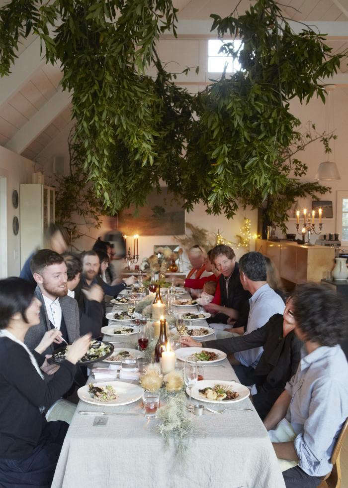 700_remodelista-dinner-dining-table-west-elm