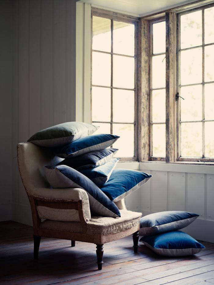 Ticking goes luxe at ian mankin remodelista for Living room 101 atlantic ave boston