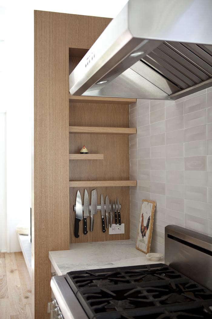 700_remodelista-medium-plenty-kitchen-09