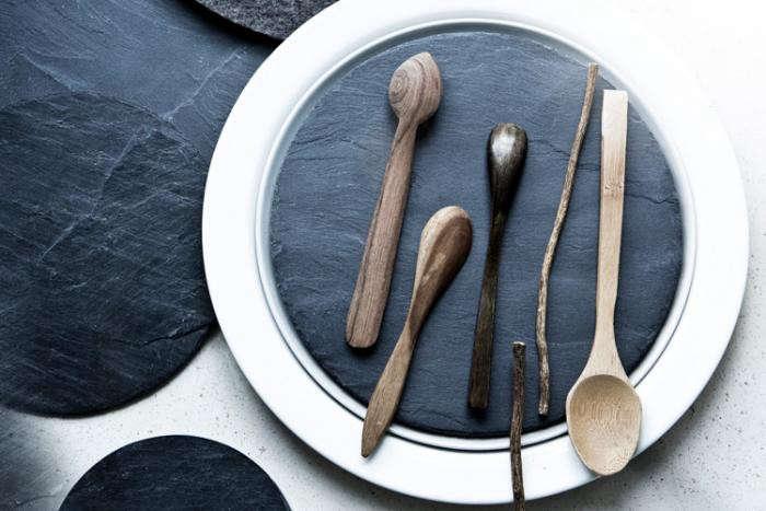 700_restaurant-host-slate-plate